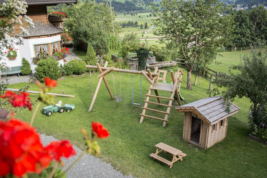 schmiderer-vorderkasbichl-Haus-spielplatz