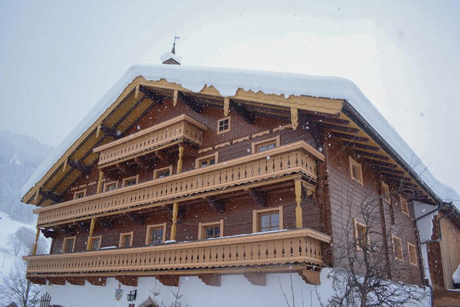 schmiderer-vorderkasbichl-haus-winter